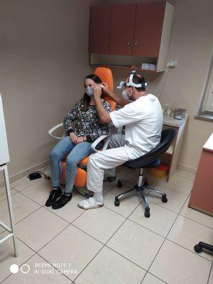 Stratu sluchu je možné liečiť,  odborníka však treba navštíviť včas